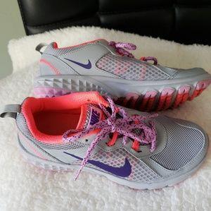 Nike running shoes women lightweight SZ6